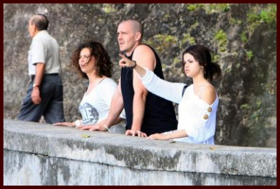 Selena Gomezaddress on Selena Gomez   S Family Day Out   Shine On Media