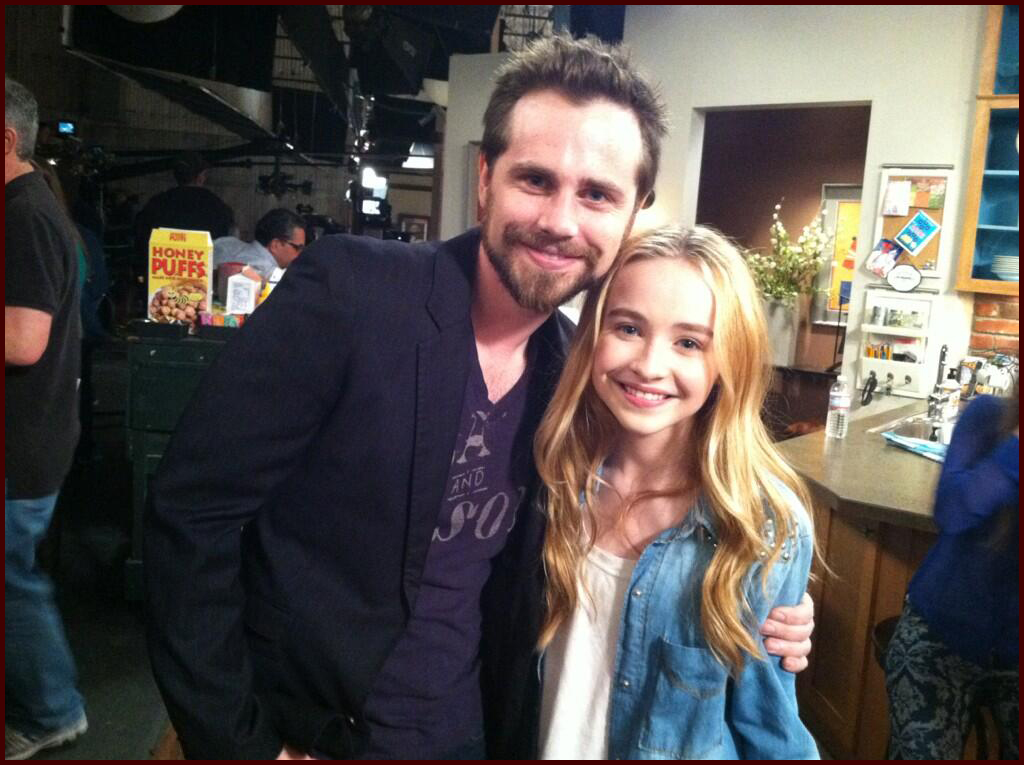 boy meets world reunion on girl meets world So apparently, the future of girl meets world is up in the air at the moment sigh perhaps as a sign of a potential end, the show has decided to stage a giant reunion with many of the cast members of boy meets world (minkus feeny both morgans.