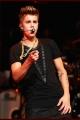 justinbieber-kiisfmjingleball-012