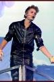 justinbieber-staples-015
