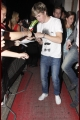 onedirection-outandabout-009