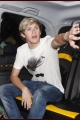 onedirection-outandabout-013