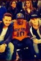 onedirection-knicksgame-005