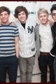 onedirection-signings-037