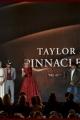 taylorswift-2013cmas-022