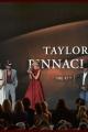 taylorswift-2013cmas-023