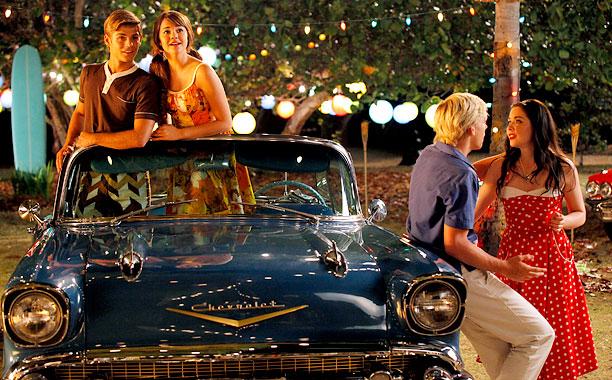 "Teenage Beach Movie Toys : Ross lynch is ""cruisin for a bruisin in new ""teen beach"
