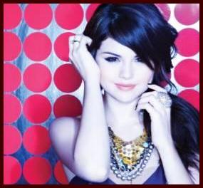 Selena Gomez Naturally Remix on Selena Gomez   The Scene Joins Lilith Fair   Shine On Media