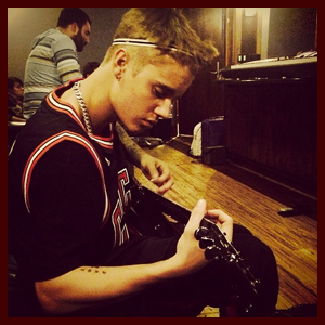 justinbieber-studio-031514