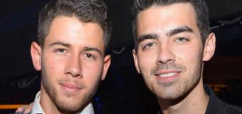 Joe Jonas Parties It Up in Vegas for Birthday with Nick Jonas