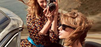 Taylor Swift & Karlie Kloss Face Off for VOGUE's Best Friends Game